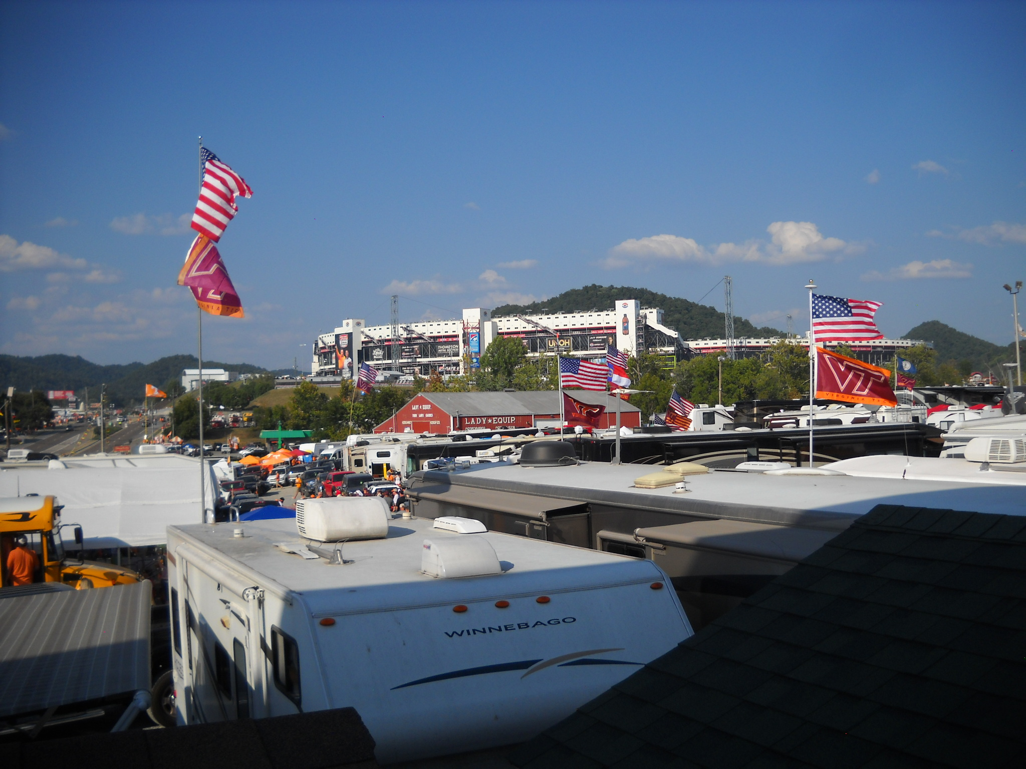 Bristol Motor Speedway Trackside Camping Lady 39 S Camping